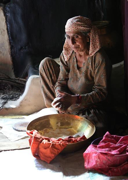 himachal woman