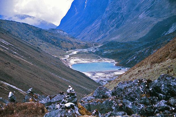 goecha la trek - samiti lake