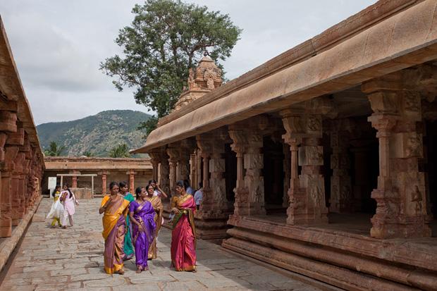 bhoganandeeshwara temple