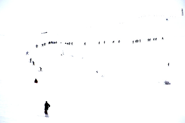 skiing essay Essay-another famous winter sport is skiing it is defined as recreation, sport,  and mode of transportation that involves moving over snow by.