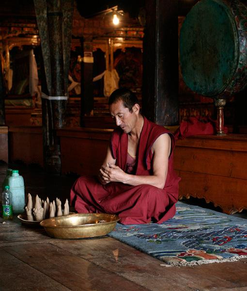 buddhist monk, ladakh