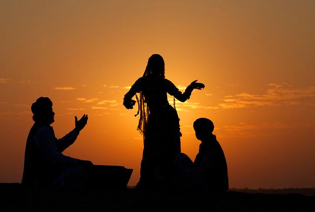 kalbelia dancers, jaisalmer