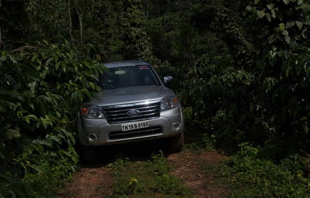 Ford Endeavour Off Road Driving