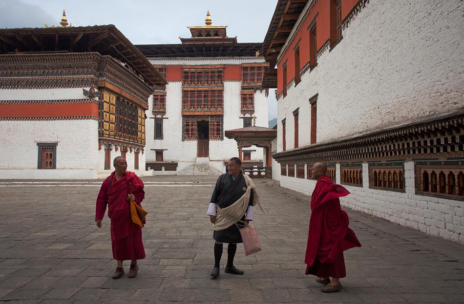 tashichho-dzong-thimphu-bhutan-2