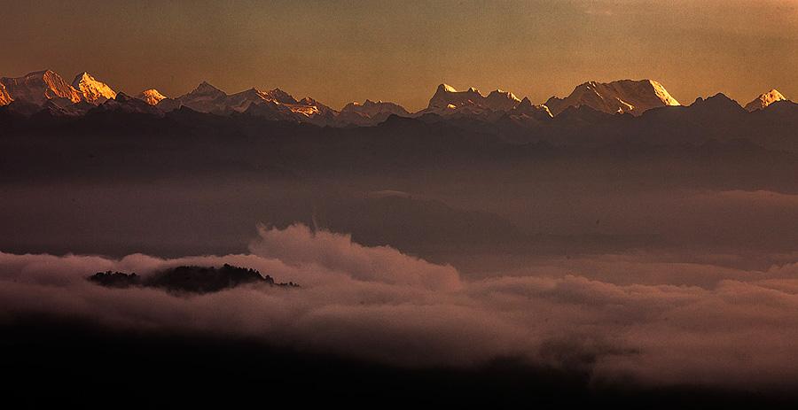 Sunrise from Dochua Pass, Bhutan