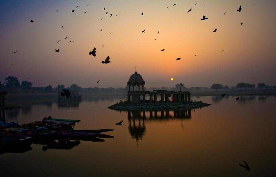 Gadisar Lake, Jaisalmer, Rajasthan