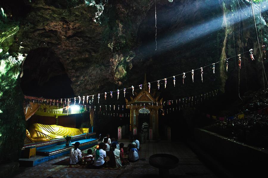 Phnom Sampeau Cave